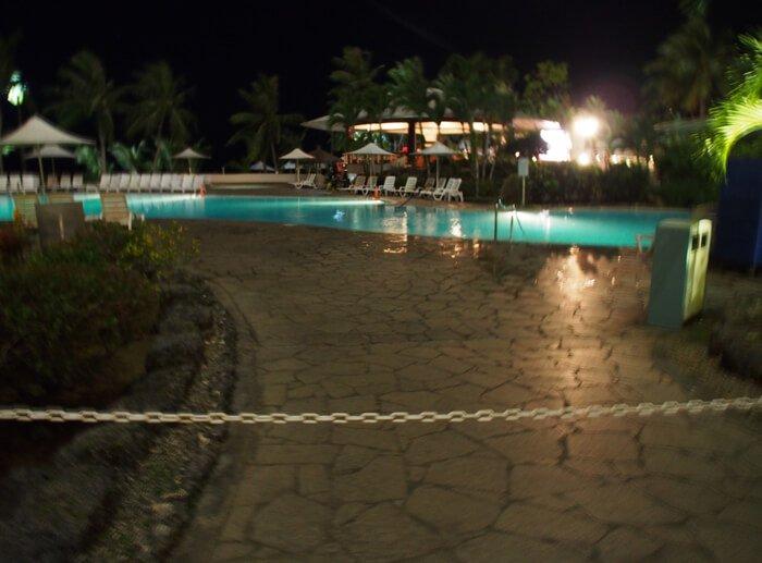 ニッコーグアム・夜のプール