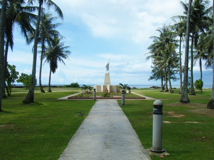 グアムの自由の女神像