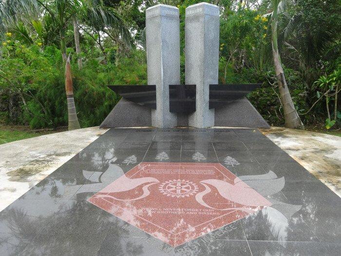 9.11の石碑