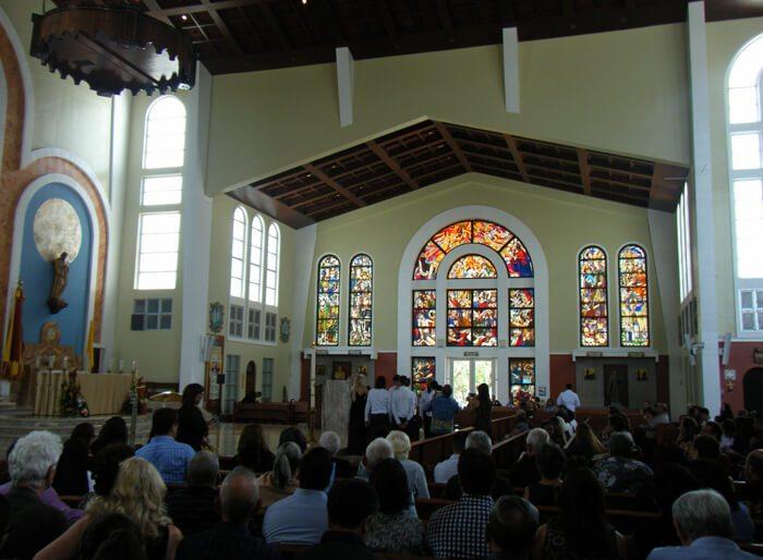 聖母マリア大聖堂ステンドグラス