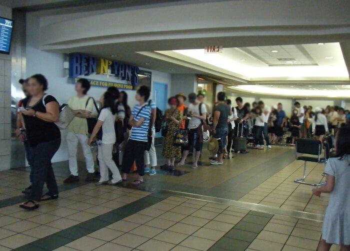 グアム国際空港の混雑