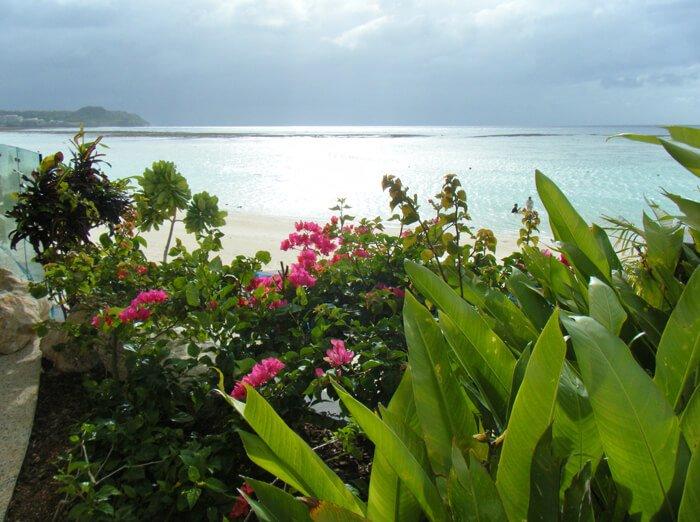 美しいタモン湾