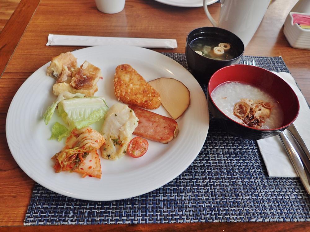 ヒルトングアム「アイランダーテラス」朝食
