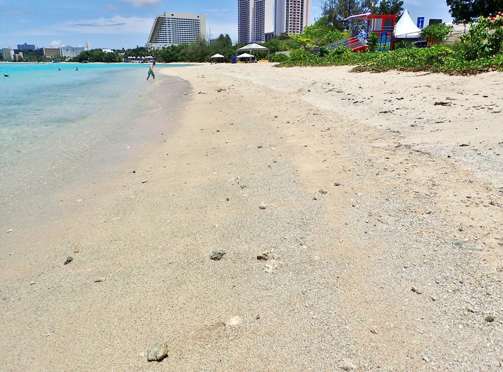 イパオビーチの砂