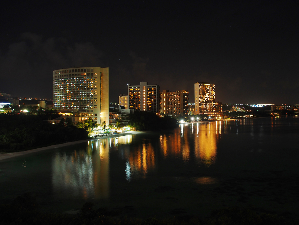 タモンビーチ夜景