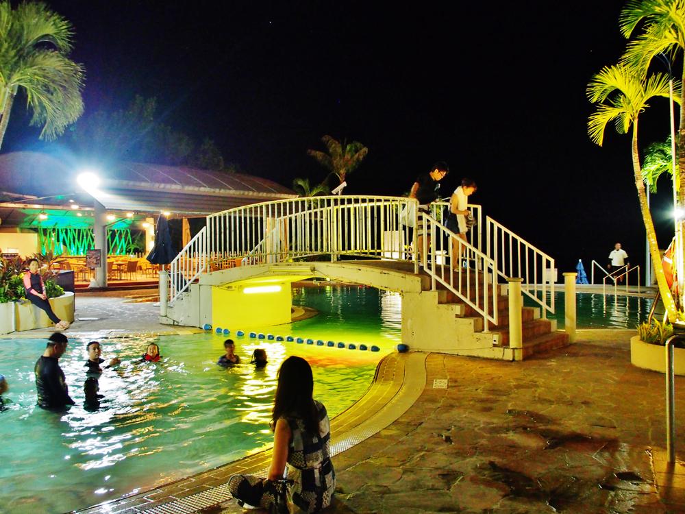 ウェスティングアムのナイトプール
